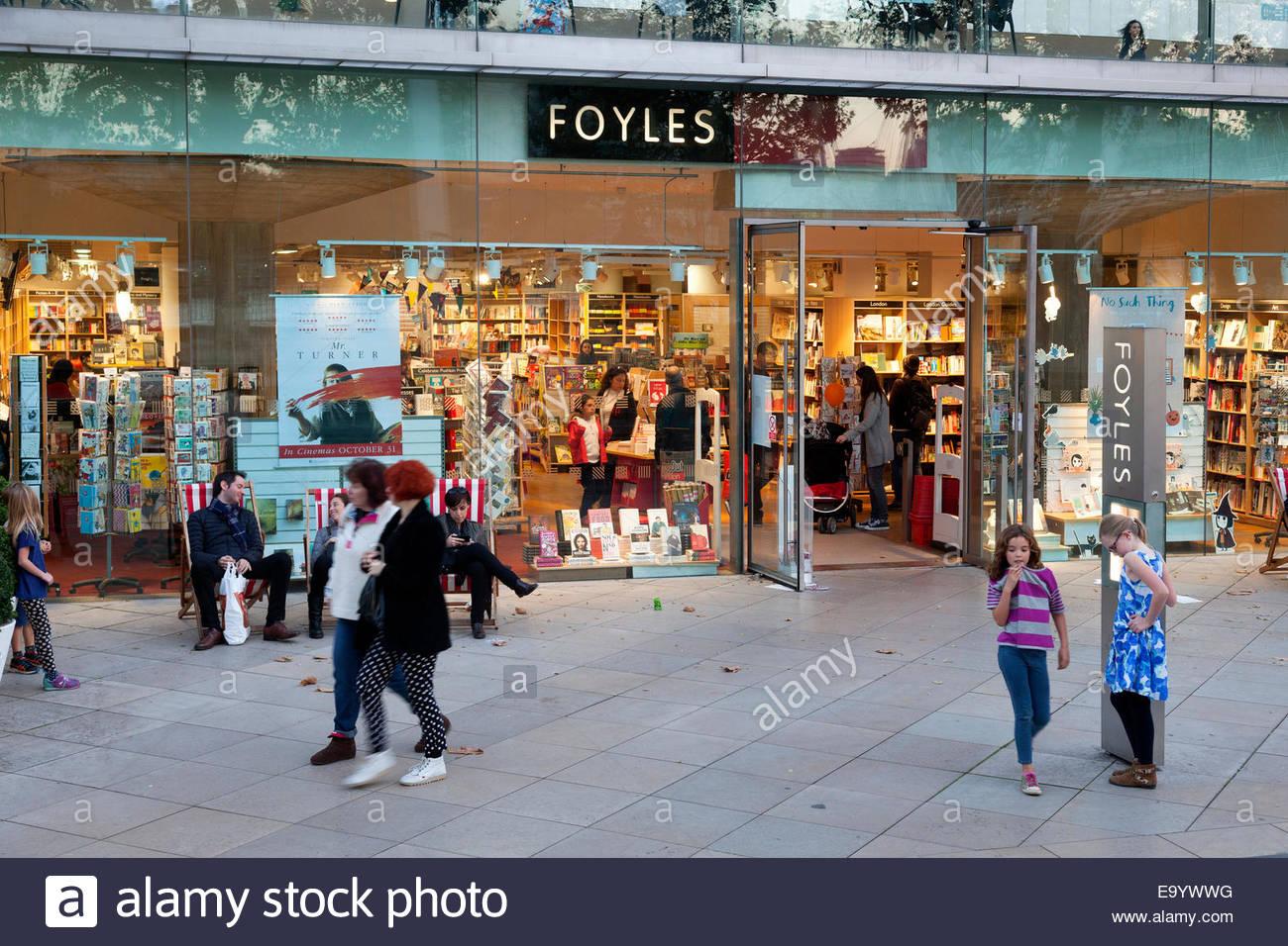 foyles-bookshop-in-the-southbank-centre-south-bank-london-E9YWWG.jpg